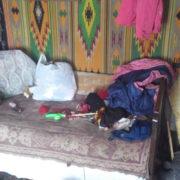 На Прикарпатті мати в неналежних умовах виховує двох дітей (фото)