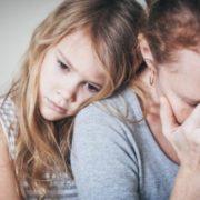 """""""Йому не потрібна дитина"""": історія української заробітчанки, в якої італієць через сyд забuрає доньку"""