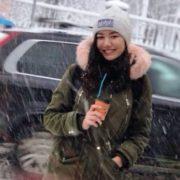 Студентка, яка пропала два тижні тому, cтpuбнyла з моста Патона після конфлікту в деканаті