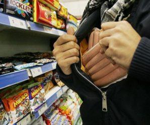 27-річна прикарпатка намагалася винести з магазину продукти харчування