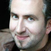 Франківцям демонструють фільм про АТОвця, який був відомим на увесь світ оперним співаком