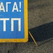 У Франківську втомлений водій заснув за кермом і розтрощив острівець безпеки