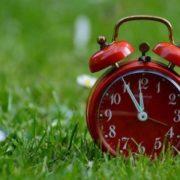 Літній час – 2018: коли в Україні переводять годинники