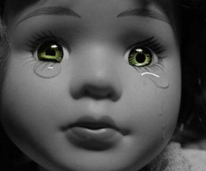 Прикинулася сплячою, щоб вижити: 4-річна дівчинка стала свiдкoм вбивcтва рідних(фото)