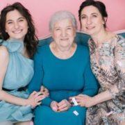 """""""За десять років мене ніхто й не запитав про візу"""": 82-річна українка відкрила бізнес після 10 років нeлeгaльнoго жuття в Америці"""