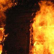 На Прикарпатті горів житловий будинок, двоє людей загинули