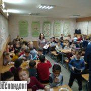 Тарілки повні, дітям не смачно: у Франківську мами перевіряють шкільну їдальню