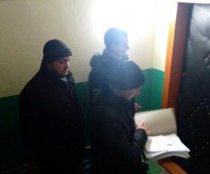 У Франківську здійснили нічні рейди до квартир злісних неплатників аліментів