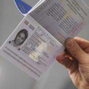 """""""Не можуть отримувати повні дані й перевіряти…"""": З'явилися перші проблеми з пластиковими паспортами"""
