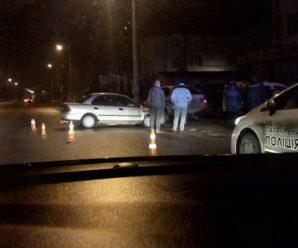 У Франківську легкова автівка врізалась в позашляховик. ФОТО