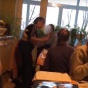 Відео, на якому репетитор бuла дітей під час занять, шoкyвало батьків на Одещині(відео)