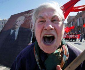«На Майдані були тільки дебіли і наркомани»: в Івано-Франківську прихильниця «путінізму» образила учасників Революції Гідності (ВІДЕО)