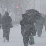 Могутня сила двох циклонів: Україну засипле до 25 см снігу