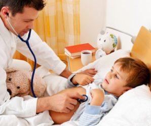 По телефону вирішує чи той хворий: українцям розповіли про виклик медиків додому