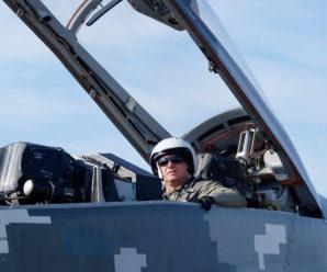 На Прикарпатті у небо піднялися військові авіатори (фото)