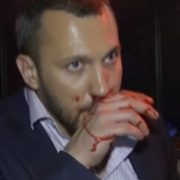 У прямому ефірі українського телеканалу депутати влаштували справжній мордобій