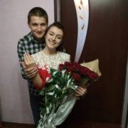 Футболіст з Калущини освідчився дівчині прямо на полі