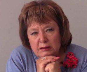 Активісти облили Наталію Вітренко білою фарбою(відео)