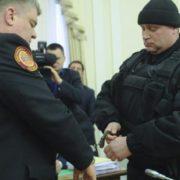 Заарештованого у прямому ефірі одіозного держпосадовця поновлено на посаді