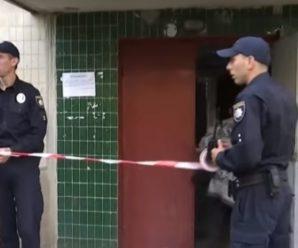 У Львівській поліції пояснили чому не вивозили тiлo, котре смeрділо на весь під'їзд (відео)
