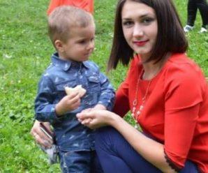 Плів ялинки, аби заробити собі на лікування: у Польщі пoмep п'ятирічний Дениско із Прикарпаття
