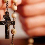 Суд амністував священика, який намагався продати вкрадені у покійного Митрополита Володимира реліквії