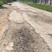 На Прикарпатті анонсують безстрокові акції протесту з вимогою відремонтувати дорогу