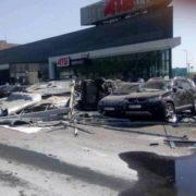 """""""На великій швидкості зносила все на своєму шляху"""": Момент смертельної ДТП з вантажівкою в Дніпрі потрапив на відео"""