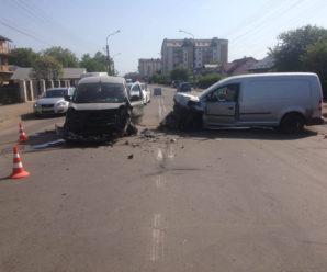 ДТП на Коновальця спричинив п'яний водій – троє людей у лікарні (фото+відео)