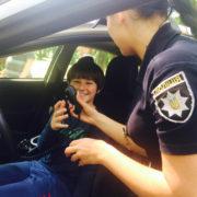 """Франківські патрульні влаштували для дітлахів """"покатухи на Пріусі"""" (фото+відео)"""