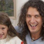 «Стала справжньою красунею»: Як змінилася дочка Кузьми Скрябіна і чим займається дівчина зараз (фото)