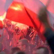 """""""Забирайтесь геть в Україну"""": Група поляків напала на українських активістів, що відновлювали кладовище"""