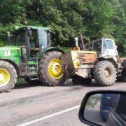 ДТП на калуській трасі: Не розминулись два трактори