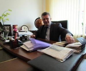Прикарпатський міграційник засуджений за хабар пішов на підвищення