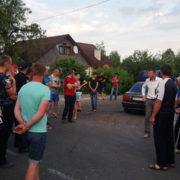 Дорожній протест на Франківщині спричинив кілометрові затори (фото+відео)