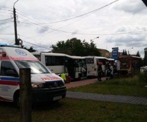 У Польщі зіткнулися пасажирські автобуси: є багато постраждалих