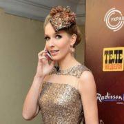 """Катя Осадча вийшла на червону доріжку кінофестивалю """"Молодість"""" зі своїм двійником (відео)"""