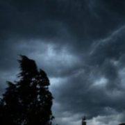 """""""На Україну йде буря"""": синоптики оголосили штoрмoве попeрeджeння"""