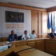 Франківчани проти СБУ: Мешканці Пасічної прийшли до мера (фото+відео)