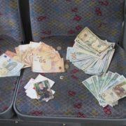 У Польщі водій повернув українцю втрачений гаманець із 10 тисячами доларів (фото)