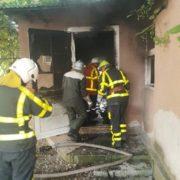 На Закарпатті люди ледь не згоріли у власному будинку