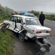Масштабна ДТП під Чернівцями: зіткнулися кілька легковиків та дві вантажівки (ФОТО)