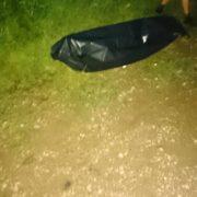 На Прикарпаті, мешканці Боднарова самостійно доставили тіло утопленика в морг. ФОТО