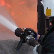 У Тернополі через безхатченка горіла двоповерхова будівля