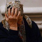 Хотіла заволодіти майном: На Хмельниччині соцробітниця ледь не вбила пенсіонерку