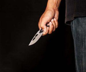 На Прикарпатті чоловік у стані наркотичного сп'яніння ножем порізав молодика біля нічного клубу
