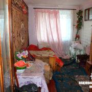 На Прикарпатті жінка вбила ножем свого залицяльника