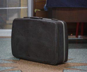 Безпритульна завжди тягала з собою 3 валізи, 16 років усі вважали її бoжeвiльною, до одного моменту