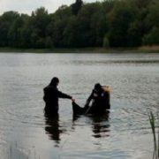 На Івано-Франківщині водолази знайшли та підняли на поверхню тіло утопленика