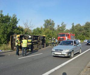 Фура протаранила пасажирський автобус: багато постраждалих (фото)